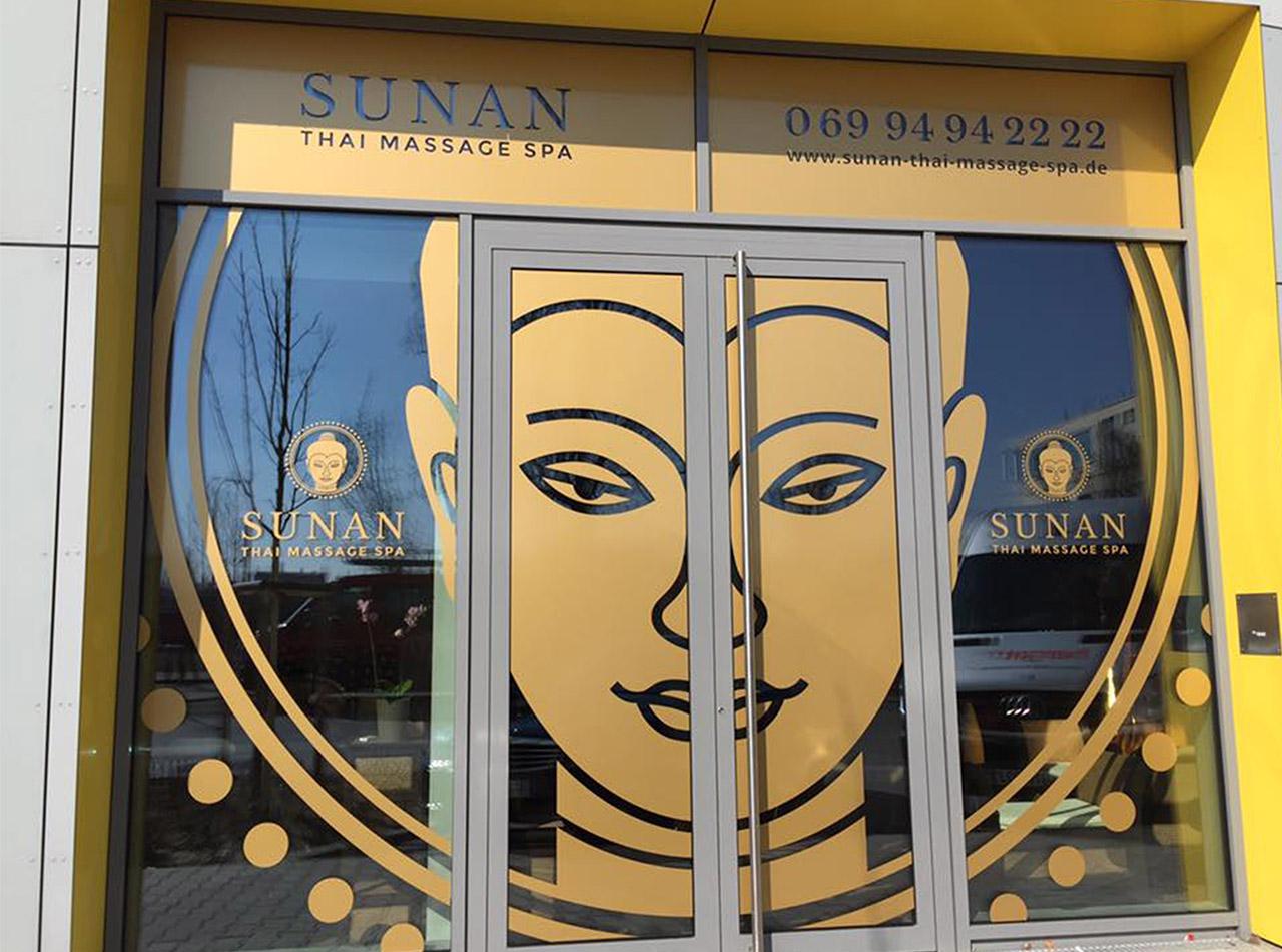 Aussenbeschriftung für SUNAN Thai Massage 1
